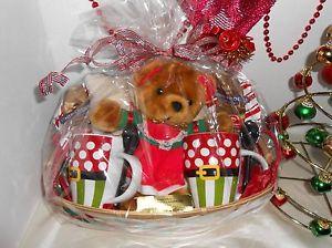CHRISTMAS HOT COCOA GIFT BASKET