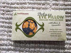 Halfmoon meditation eye pillow