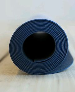 Lululemon Unmat travel lightweight yoga mat black