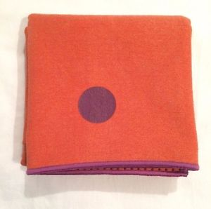 Manduka Yogitoes Non-Slip Yoga Mat Towel, 68 x 24, Excellent Condition