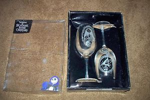 NIGHTMARE BEFORE CHRISTMAS SET NECA WINE GLASSES BRAND NEW SET NBC JACK + SALLY